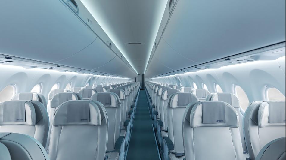 bombardier_cs300_interior_1