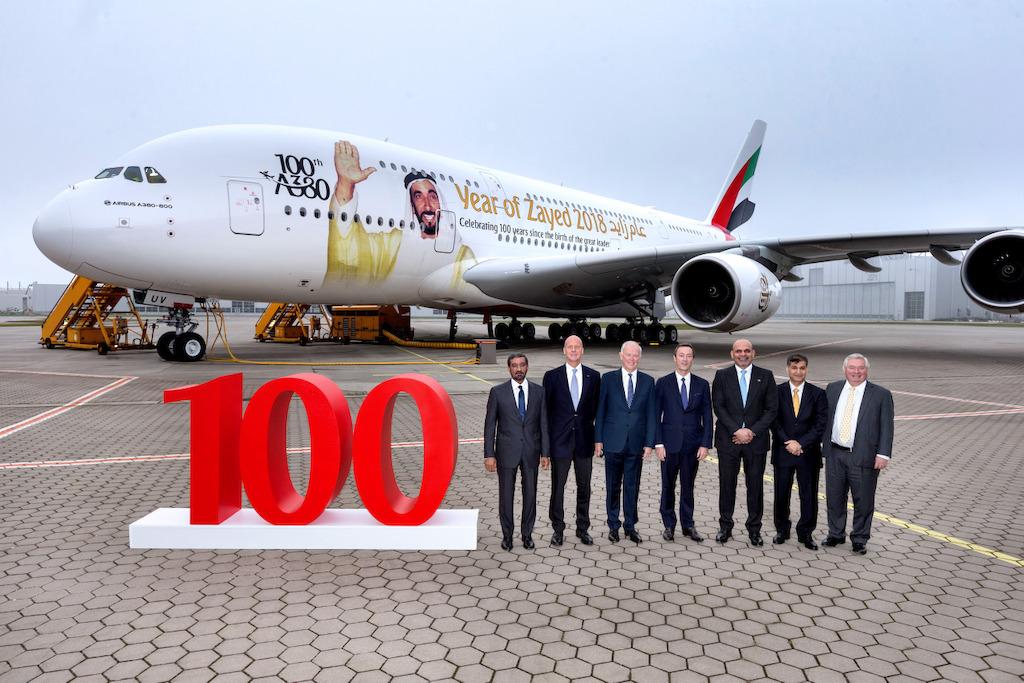 Stoti Airbus A380 za Emirates