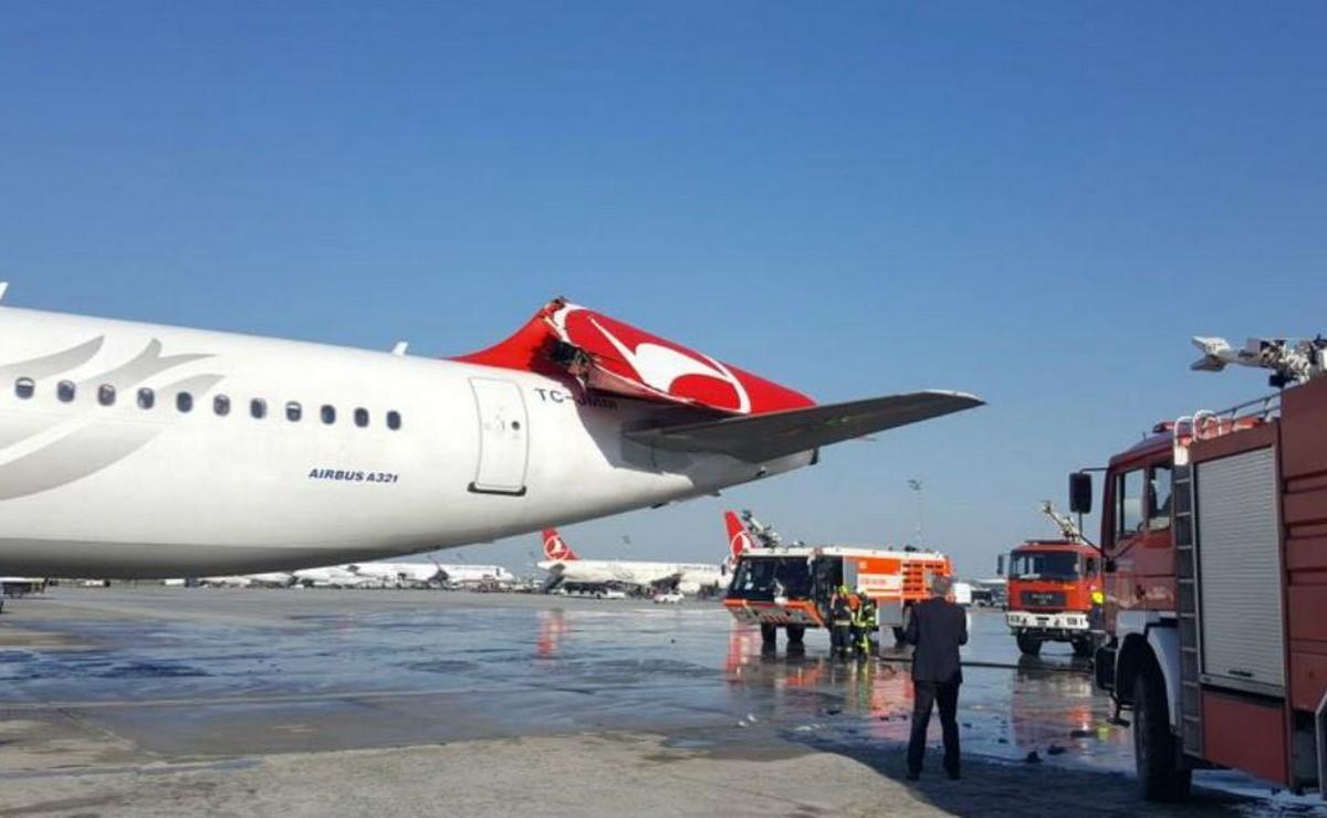 Sudar dva aviona na platformi istanbulskog aerodroma
