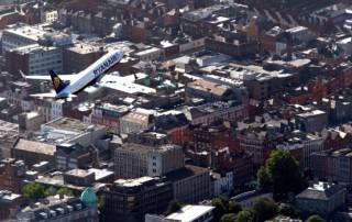 Ryanair iznad Dablina